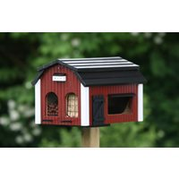 Bird feeder - Red Barn